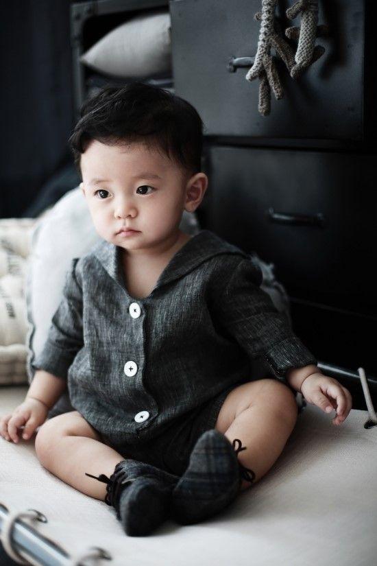 jumpsuit *les zigouis* photo: Dong Sun Choo