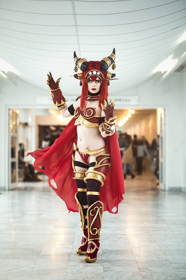 Awesome Alexstrasza cosplay by Tine Marie Riis. She Won the 3rd place in the Blizzard Category at DH Photo by SAKS photography