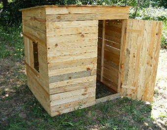 tutoriel une cabane en planches de palette pour les poules d croissance cultiver. Black Bedroom Furniture Sets. Home Design Ideas