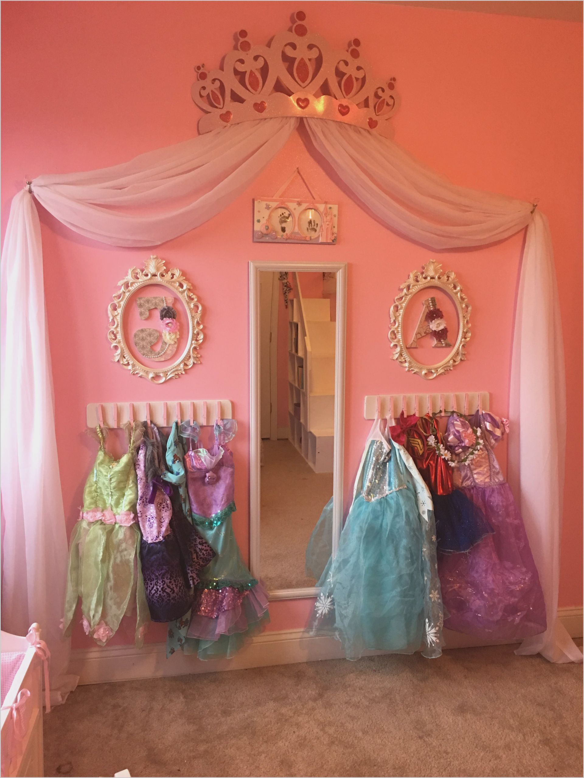 Disney Princess Bedroom Ideas Uk Bedroom Disney Ideas Princess Prinsessenkamer Slaapkamers Voor Kleine Meisjes Speelkamer