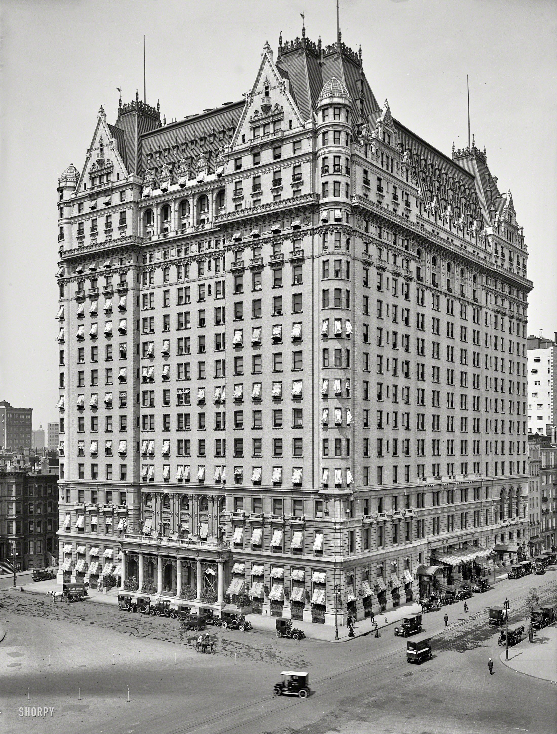 new york circa 1912 plaza hotel fifth avenue at 59th street the original big box facts. Black Bedroom Furniture Sets. Home Design Ideas