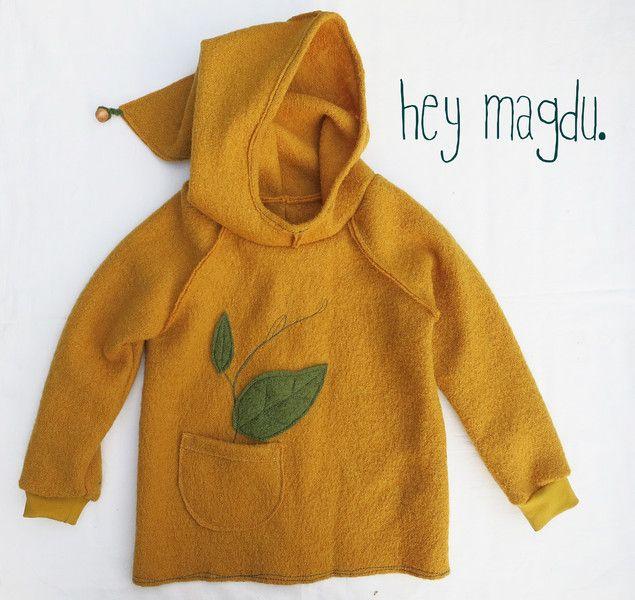Pullunder - Wollwalk Pullover Hoodie - ein Designerstück von hey-magdu bei…