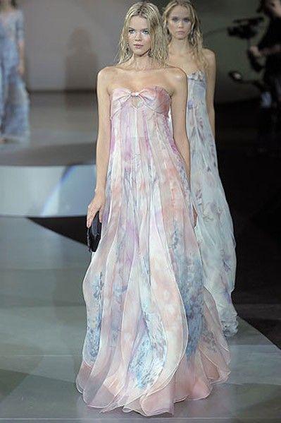 Giorgio Armani gown | ... Meester in silk chiffon Giorgio Armani ...