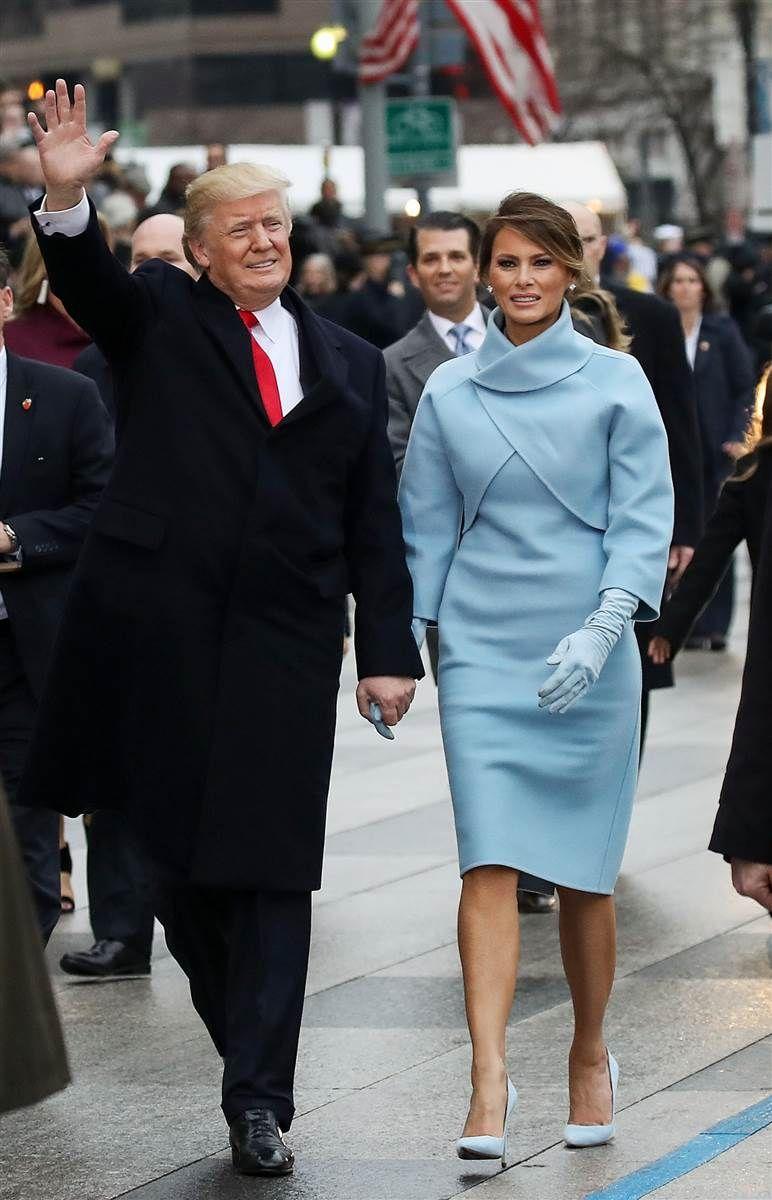 See Photos Of Melania Trump Modeling At Age 16 Trump Fashion Political Fashion First Lady Melania Trump