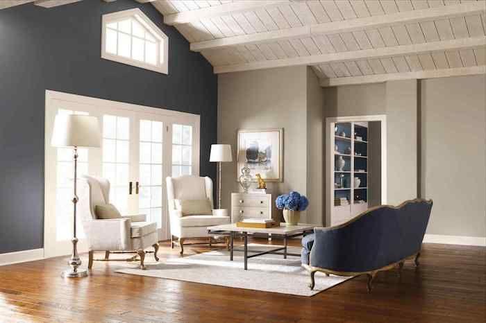 Welche Farbe Passt Zu Braun, Brauner Boden, Graue Wände, Weiße Möbel,  Zimmerdesign