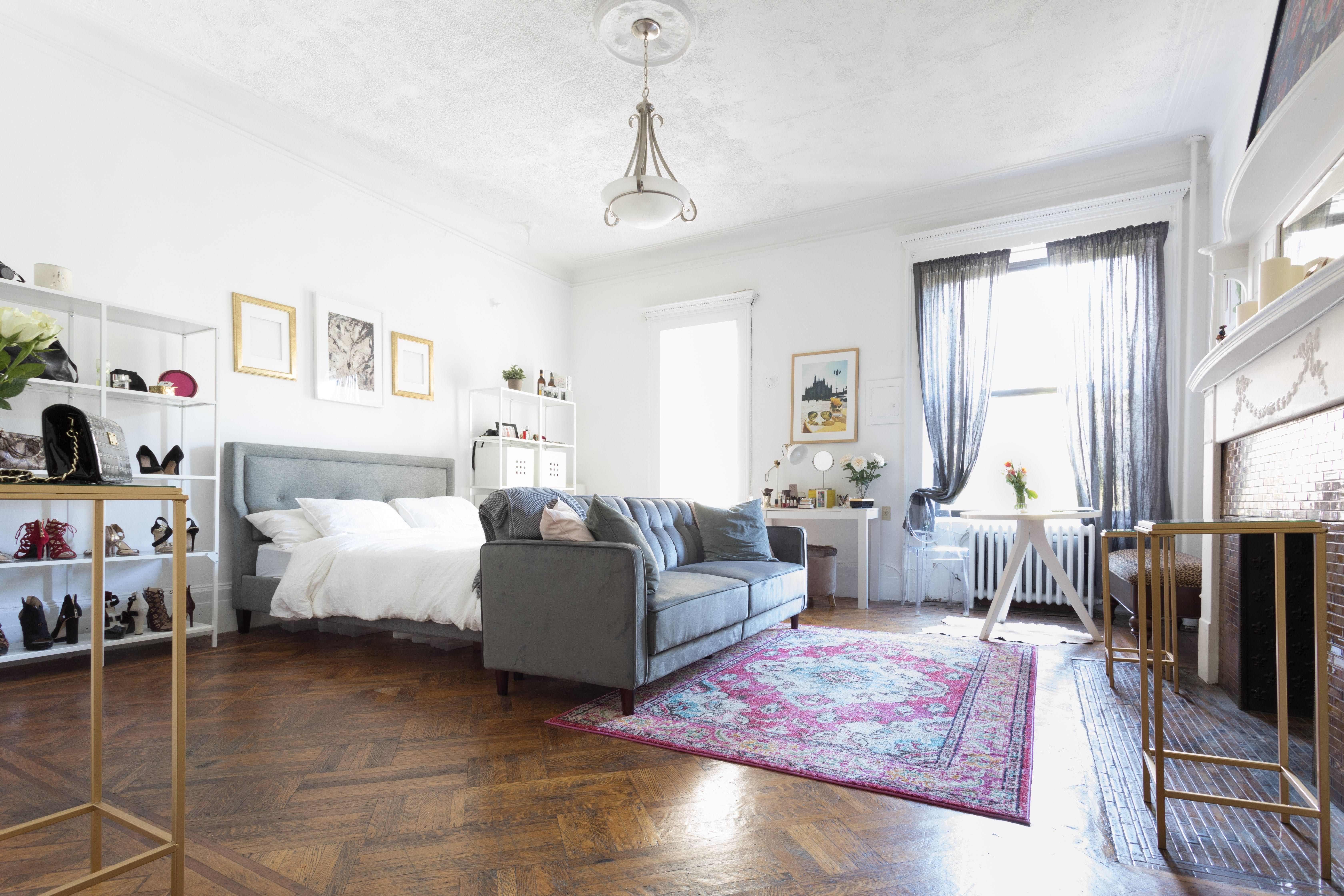 In This Open Studio Apartment She S Found A Way To Recreate Traditional Es