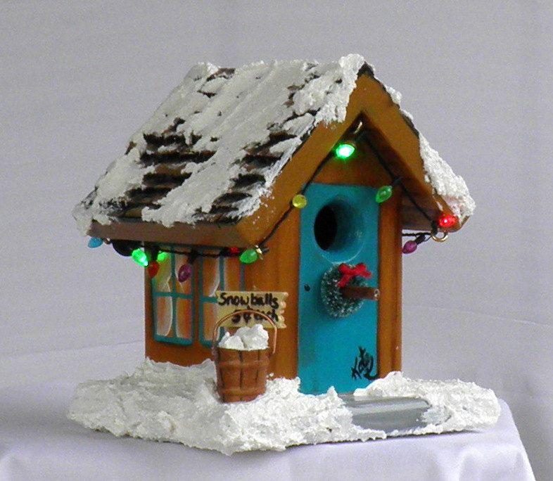 Christmas Bird House with Working Flashing Lights. via Etsy.