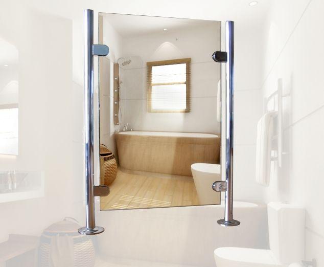 Inloopdouche Met Badkamerspiegel : Badkamerspiegel tussen staanders op muurtje in badkamer