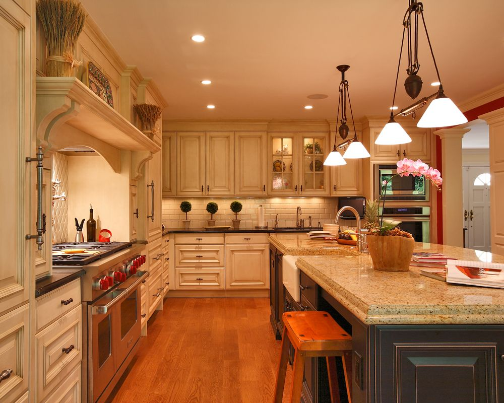 Custom Kitchen Remodeling In Md Dc Northern Va Kitchen Design Traditional Kitchen Design Traditional White Kitchen Cabinets