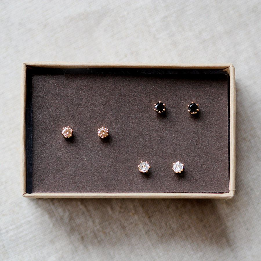baby il stud screwback earrings listing small zoom gold fullxfull diamond studs solitaire tiny
