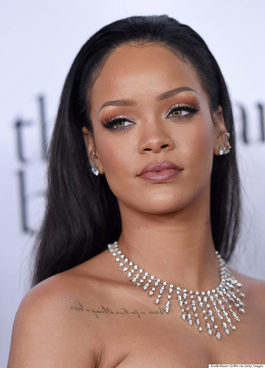 Rihanna debuts on the big screen in a science fiction film 07/27/2010 50