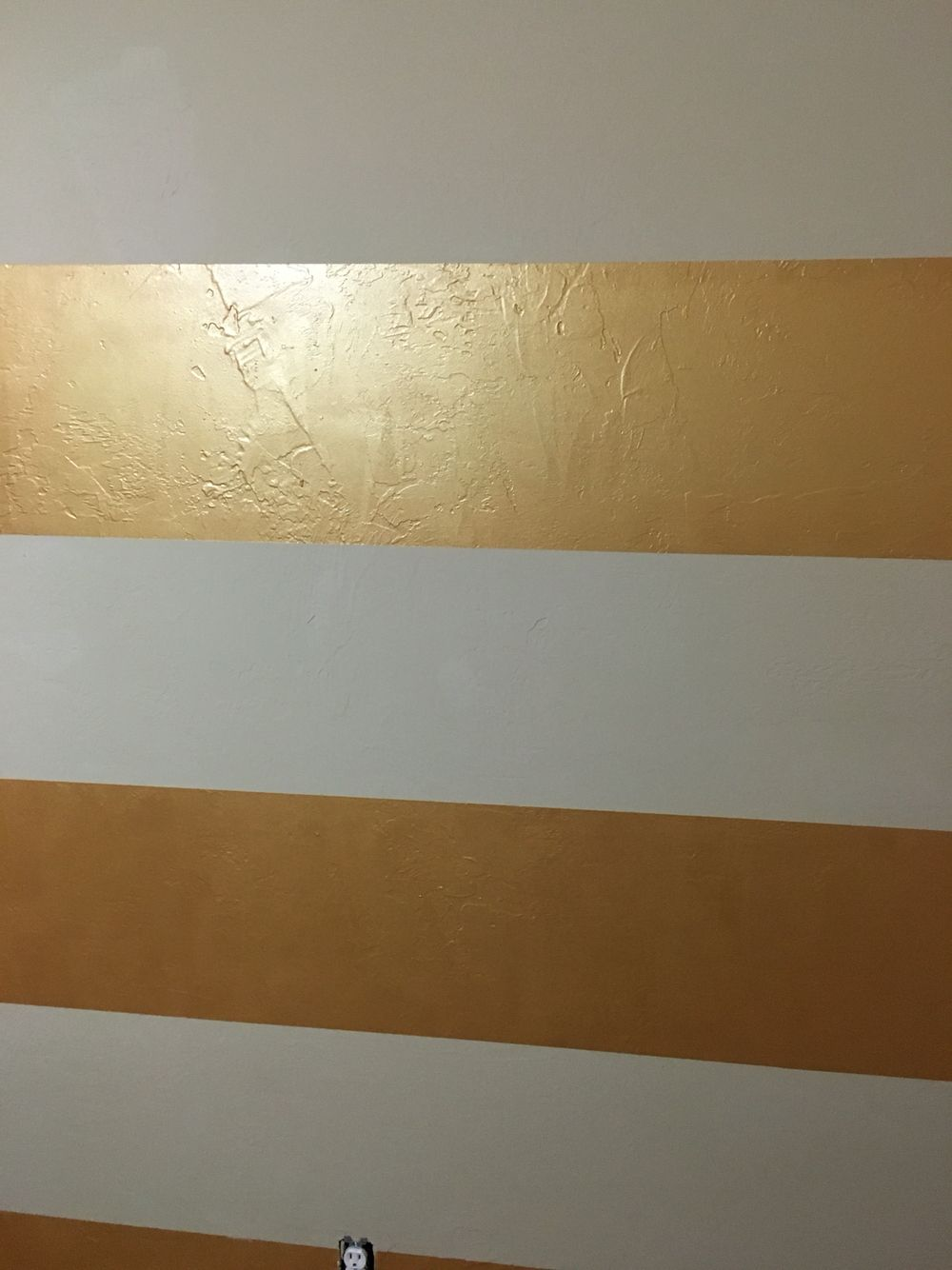 Sherwin Williams Metallic Impressions Gold Glaze In 2020 Metallic Gold Wall Paint Gold Painted Walls Gold Paint Colors Sherwin Williams
