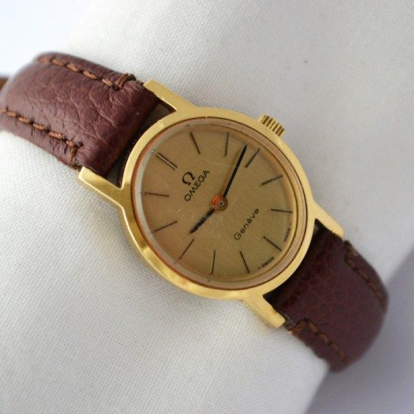 ea91dbe5268 Vintage Omega Geneve Cal.625 Gold Plated Hand Wind Petite Ladies Watch 796  £279.00