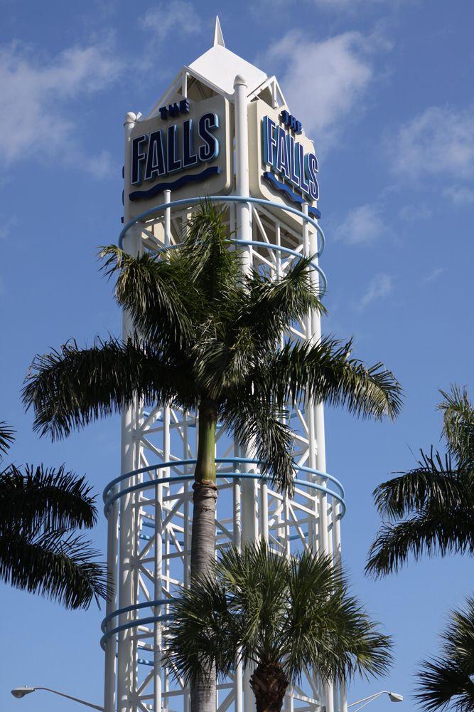The Falls Shopping Mall Miami Florida Miami Shopping Florida Vacation The Falls Miami