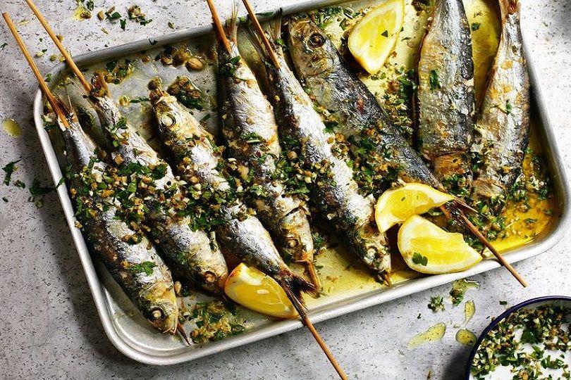 Come Cucinare Le Sardine Al Forno Gratinate Croccanti E Super Sfiziose Ricetta Ricette Cena Di Pesce Idee Alimentari