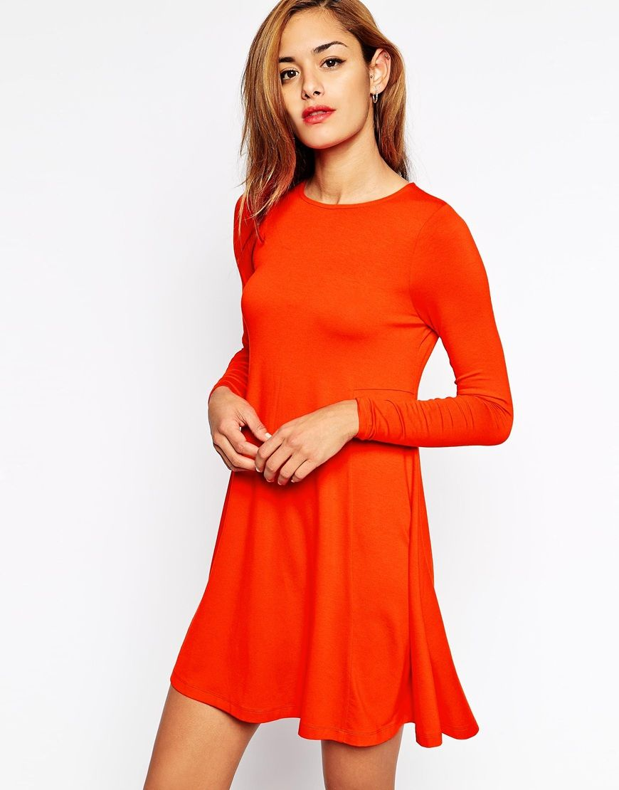 Swing dress with long sleeves and seam detail swings casual