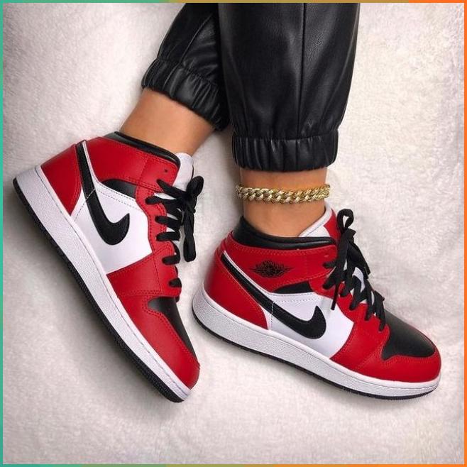 scarpe nike air jordan 1 mid bianco