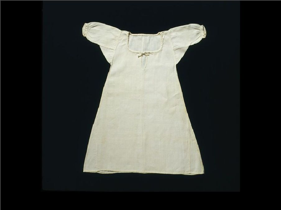 Female Dress - Shifts, Shirts, Bed Gowns   1700s Womens ...