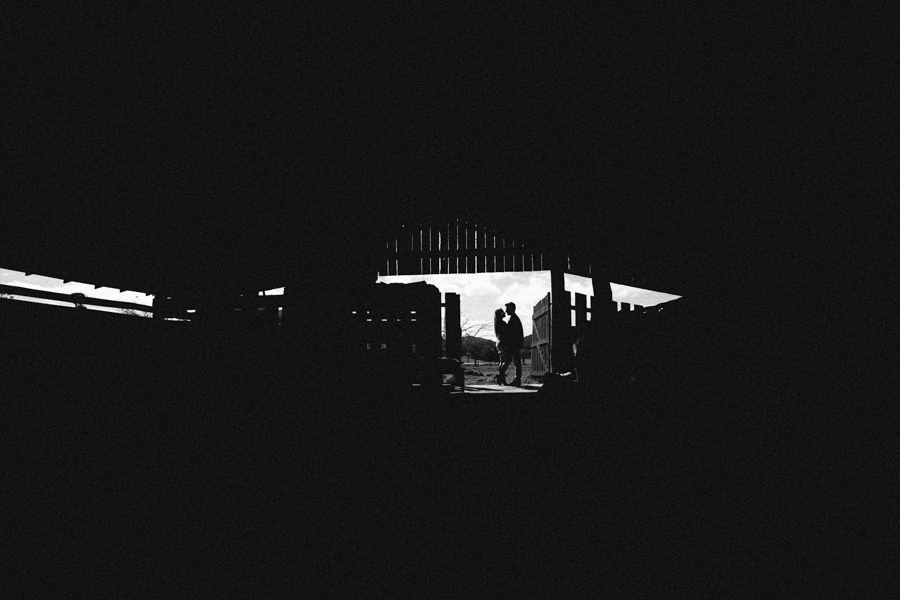 pre casamento; pré casamento; precisamente; pre wedding; prewedding; noivos; casamento; wedding; bride; groom; noiva; noivo; pre casamento serra; pre wedding serra; pré casamento serra; fotos; sessão casal; sessão fotográfica casal; campo; fotos no campo; fotos na serra; fotos no frio; fotos no verde; serra catarinense