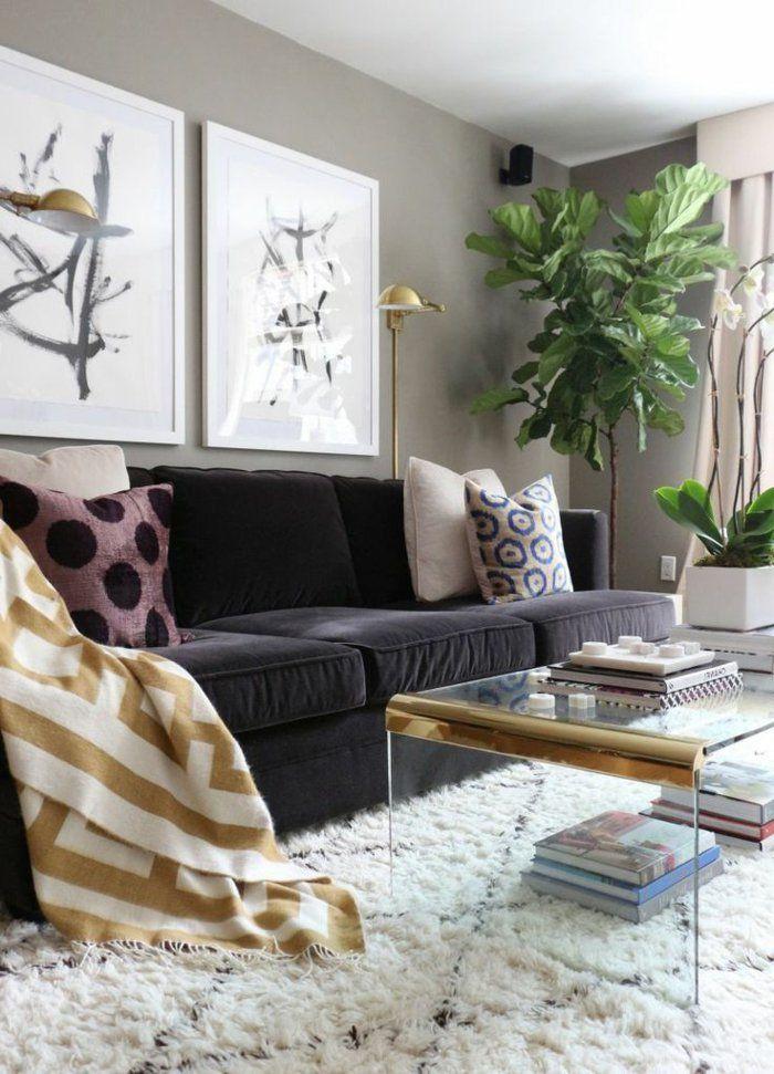 Elegant Farbgestaltung Wohnzimmer Graue Wände Weißer Teppich Schwarzes Sofa