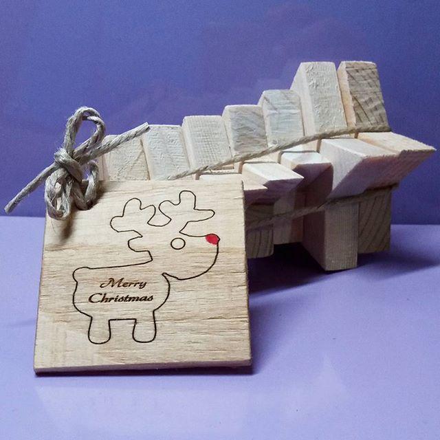 set of  7 wooden, rustic stars -gift idea . . . . . #wood #holz #handarbeit #handicraft #austria #österreich #deko #dekoration #stpölten #handmade #design #dowoodworking #geschenk #geschenksidee #giftidea #gift #holzundleidenschaft #woodart #personalisiert #personalized #stpoelten #stpölten #deco #decoration #handmadeintheeveryday #madeinaustria  #holzsterne #woodenstars #giftideas #geschenksideen