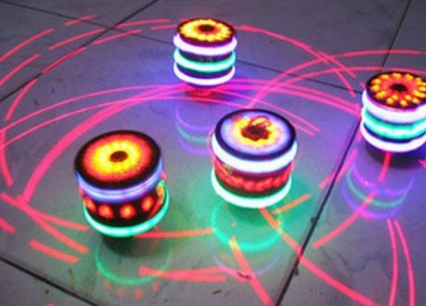 Fun Toupie Gyro LED Spinner Musique Light Enfants Enfants Toy Noël