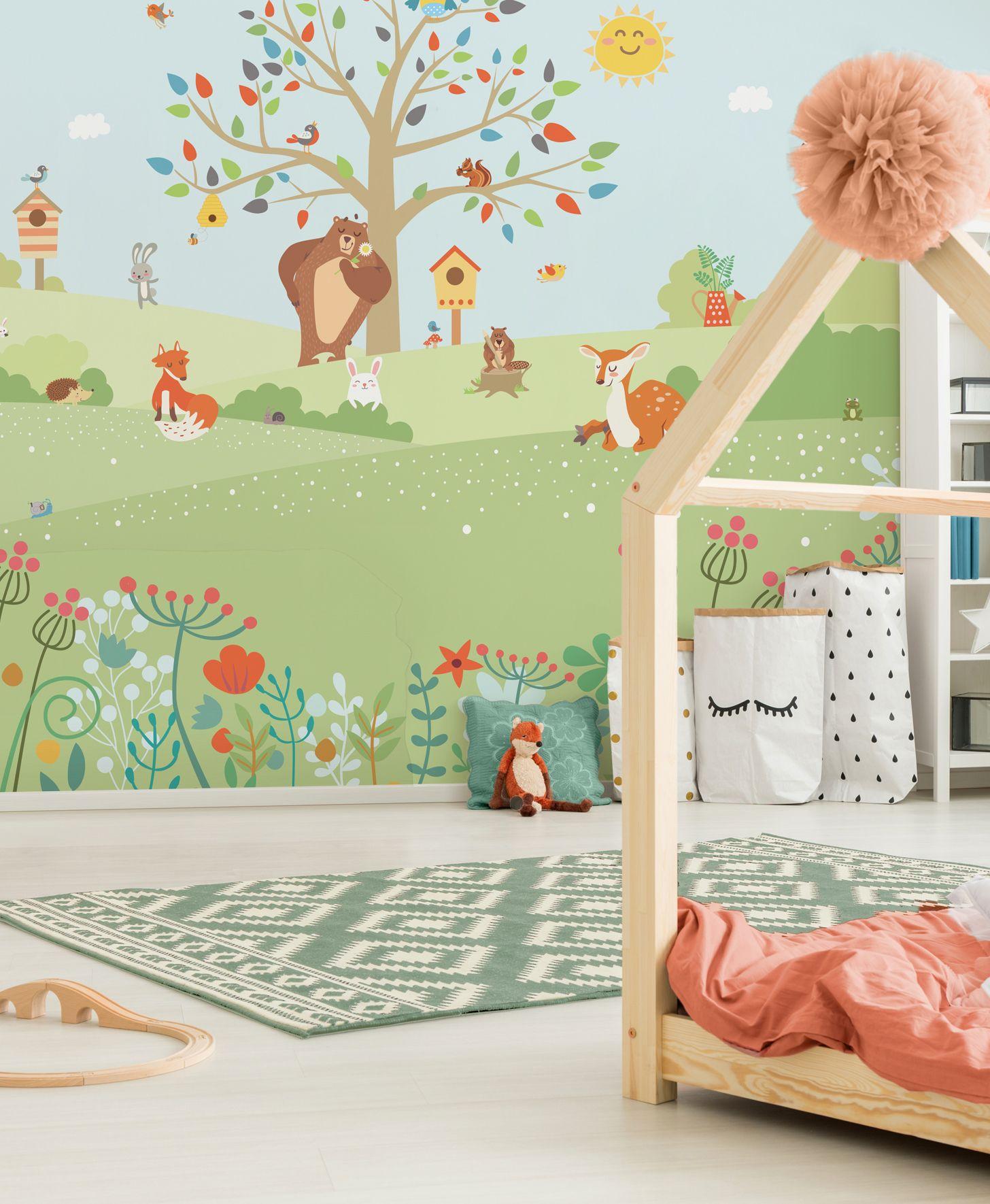 In virtù di meccanismi a noi sconosciuti, ha il potere di dettare l'inizio e la fine delle tendenze, propone gusti e stili che automaticamente diventano determinanti nelle nostre scelte, e poi, all'improvviso e in maniera molto convincente, ne stabilisce il superamento. Pin Su Alberi Carta Da Parati Per Bambini Baby Interior Design Wallpaper