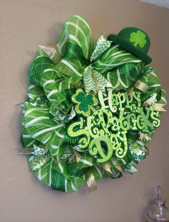 st patrick 39 s day deco mesh wreath on etsy wreaths pinterest wreaths etsy and craft. Black Bedroom Furniture Sets. Home Design Ideas