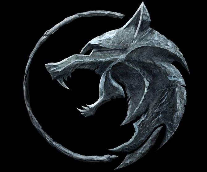 The Witcher Netflix Zaprezentowal Logo Plakat Oraz Zdjecia Postaci Purepc Pl Witcher Wallpaper Lobisomens Tatuagem De Runas Vikings