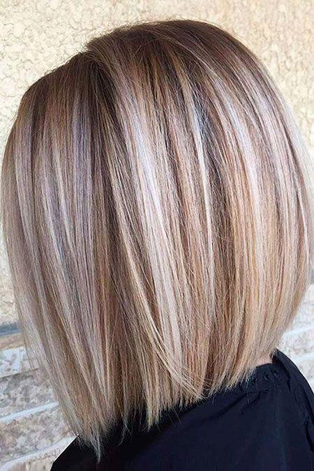 Svilenkasta bob frizura srednje dužine