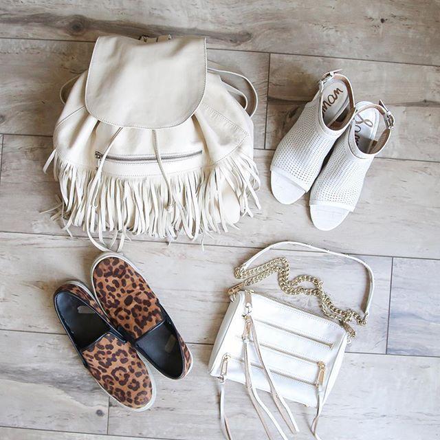 Day to Night in 2️⃣ quick changes: Flats ➡️ Heels // Backpack ➡️ Purse  xoxo - K  #occasionallyfashionable #daytonight #friday #flatlay #flats #heels #shoes #backpack #purse #bag #style #fashion #fashionable #stylish #fashiondiaries #stylediaries  #momstyle #momlife  #aroundtown #onthego #nightoutfit #instafashionista #outfitinspiration #fashiontrends #stylecollective #lotd #ootd // slip-ons : @target @targetstyle // heels : @sam_edelman // purse : @rebeccaminkoff //