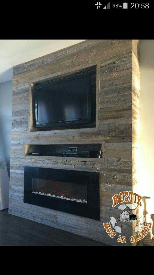 Foyer et tv bois de grange maison pinterest foyer - Fixation tele mur ...
