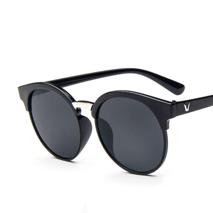 $4.02 (Buy here: https://alitems.com/g/1e8d114494ebda23ff8b16525dc3e8/?i=5&ulp=https%3A%2F%2Fwww.aliexpress.com%2Fitem%2FNew-Brand-Summer-Sunglasses-Women-Sun-Glasses-Vintage-8-Colors-Fashion-Big-Frame-Uv400-Oculos-De%2F32759743627.html ) New Brand Summer Sunglasses Women Sun Glasses Vintage 8 Colors Fashion Big Frame Uv400 Oculos De Sol Feminino Brand Designer for just $4.02