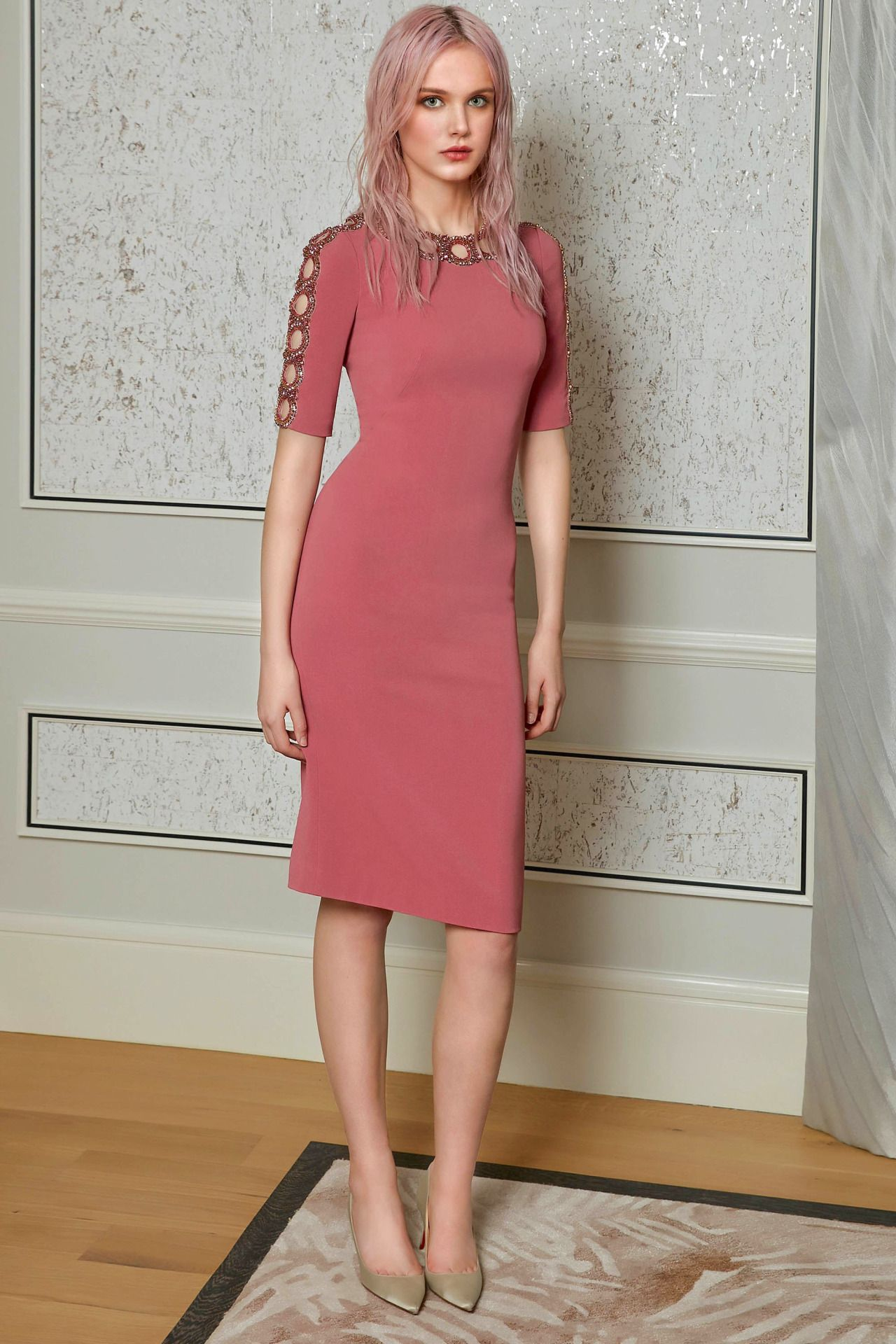 "yordanka91: ""Jenny Packham Pre-Fall 2017 "" | roupas | Pinterest"