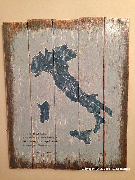 Map of Italy Distressed Wood Painting Pallet by JoBellaWoodDesigns