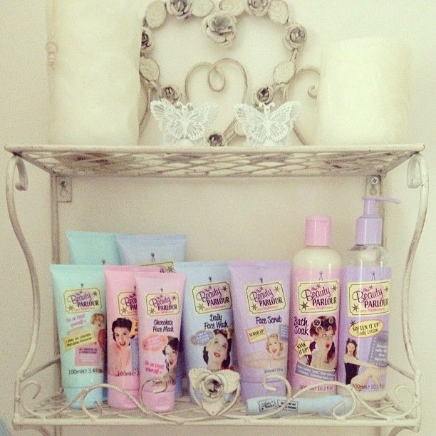 the beauty parlour products - Right Angle ::. Products - Family Salon | Unisex Beauty Parlour ...