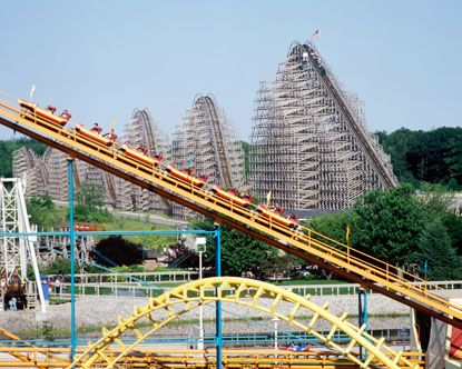 Michigan S Adventure Amusement Park Muskegon Mi In The Background Is The Shivering Timbers Roller Coaster Consistent Michigan Adventures Adventure Michigan