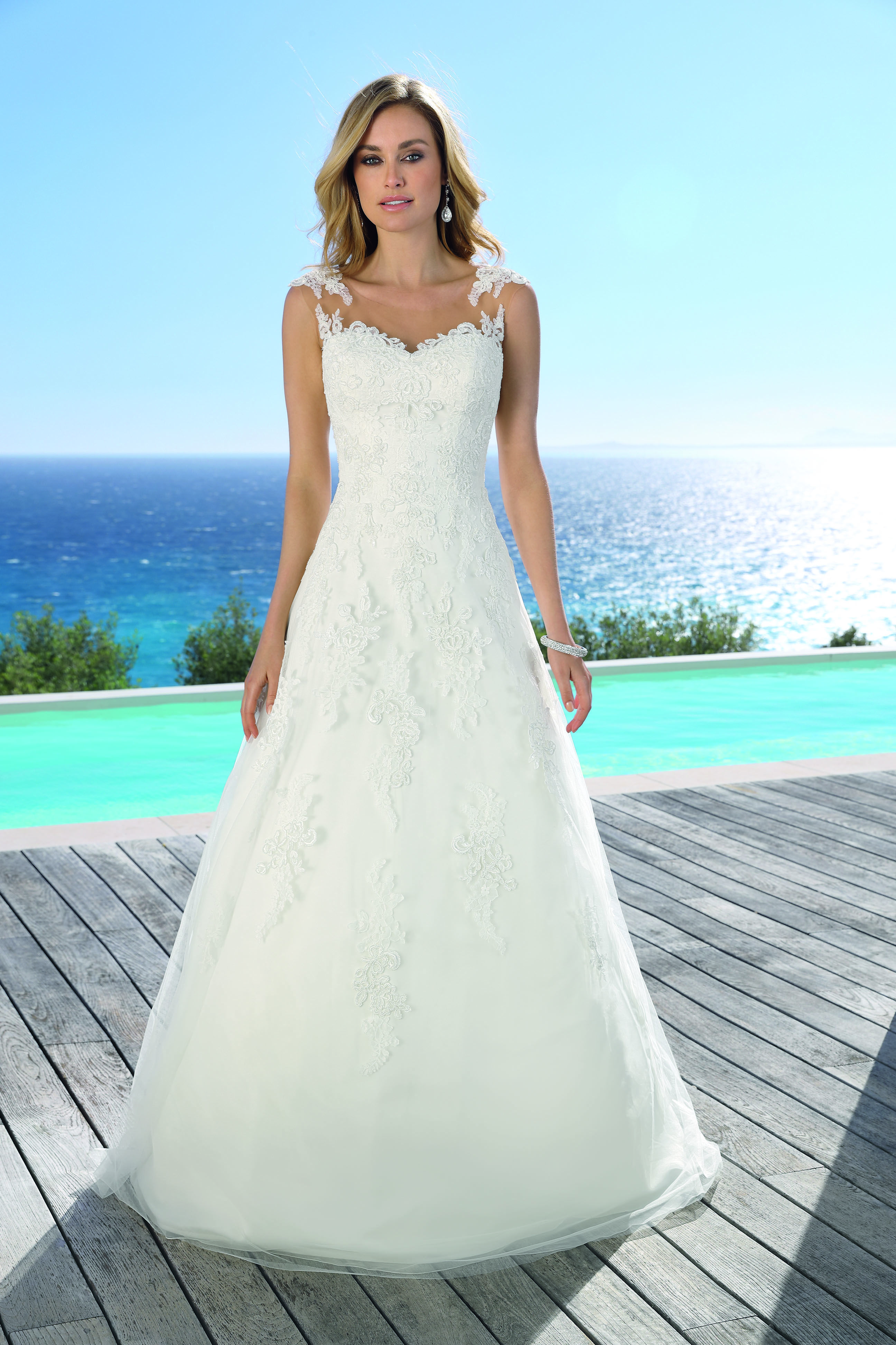 Nice dresses for wedding  Ladybird  Prom dress  Pinterest  Wedding dresses Wedding and Bridal