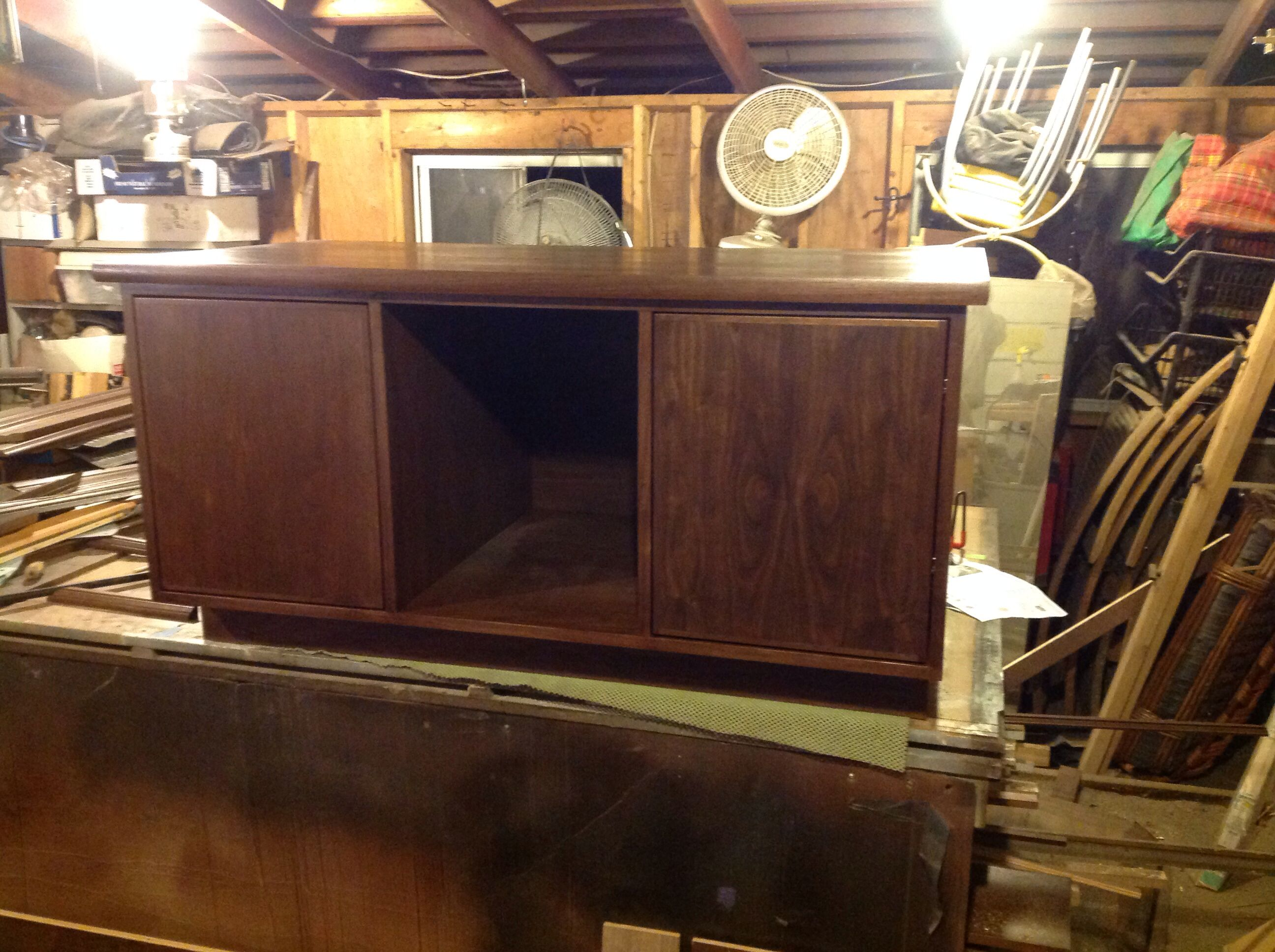 Walnut fish tank stand designed to hold 100 gallon tank