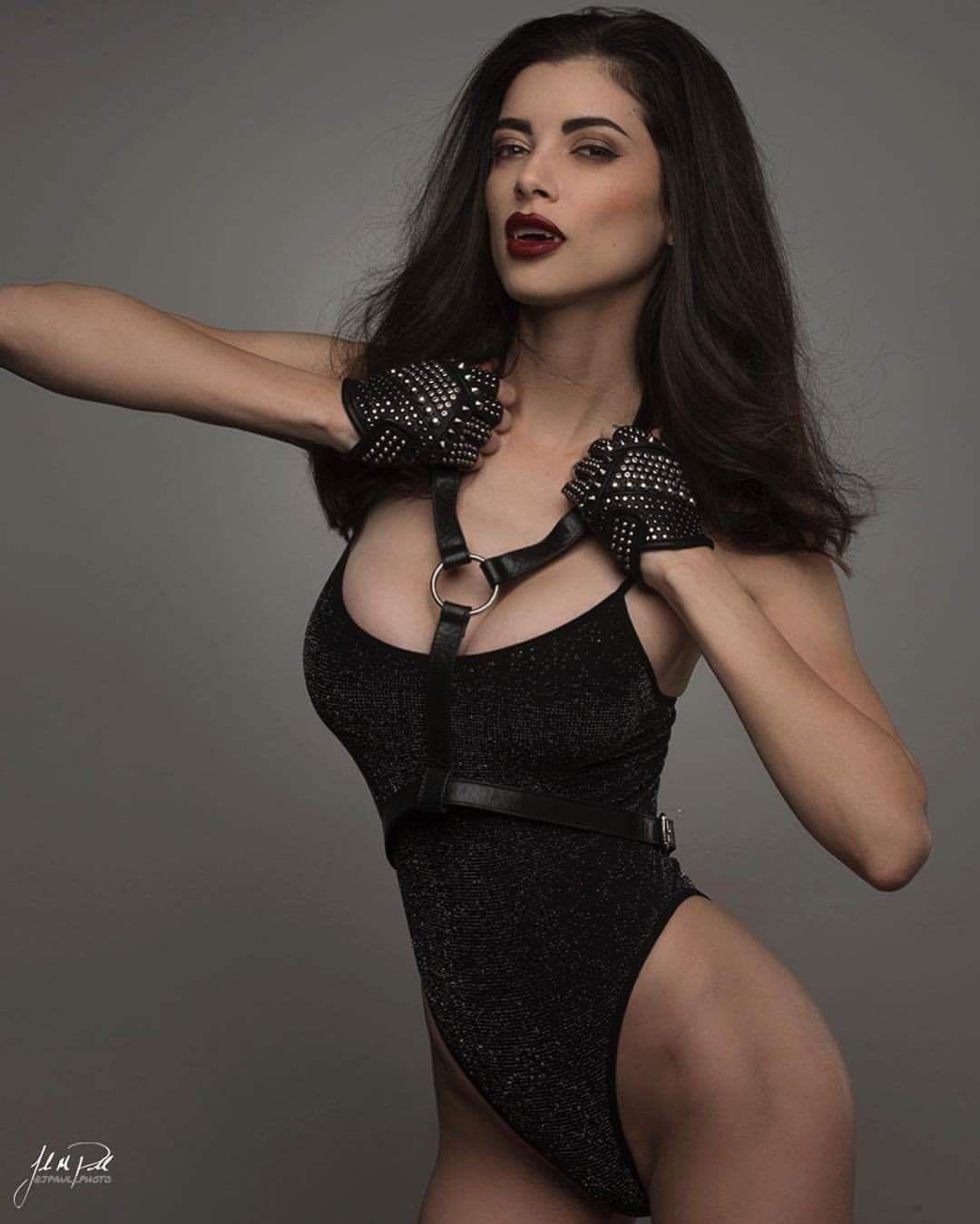 Sharon stone sex video clip in basic instinct