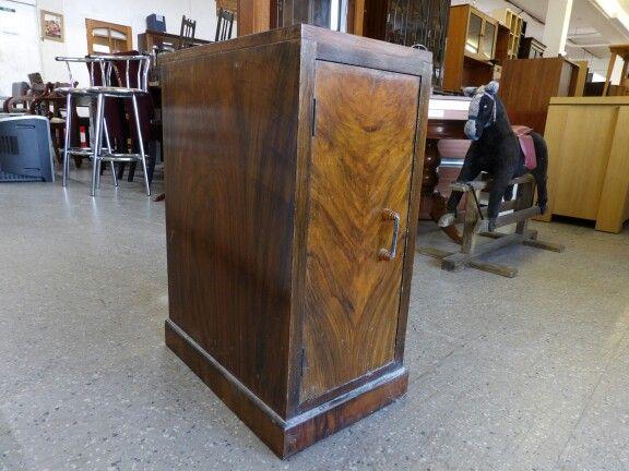 Bedside cupboard, measurements are H-67cm W-29cm D-50.5cm ------------------- £10 (pc519)