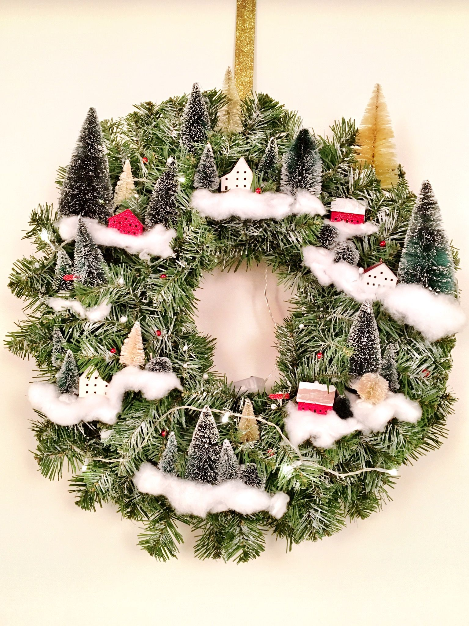 this year 39 s christmas village wreath such a cute diy. Black Bedroom Furniture Sets. Home Design Ideas