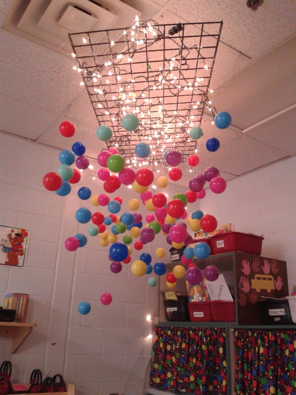my teachers idea to decorate our preschool classroom
