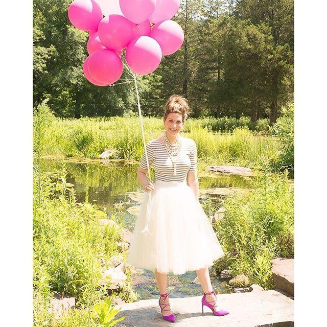 #pinkballoons #talking-style #ootd #samedelman #katespadeny #empowerinspirencourage