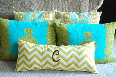 Zipper free removable pillow covers