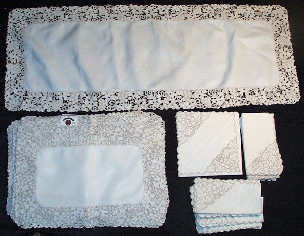 Madeira Linen Jabara Tags Placemats Napkins Table Runner Hand Embr 25 Pieces Placemats Linen Table Runners