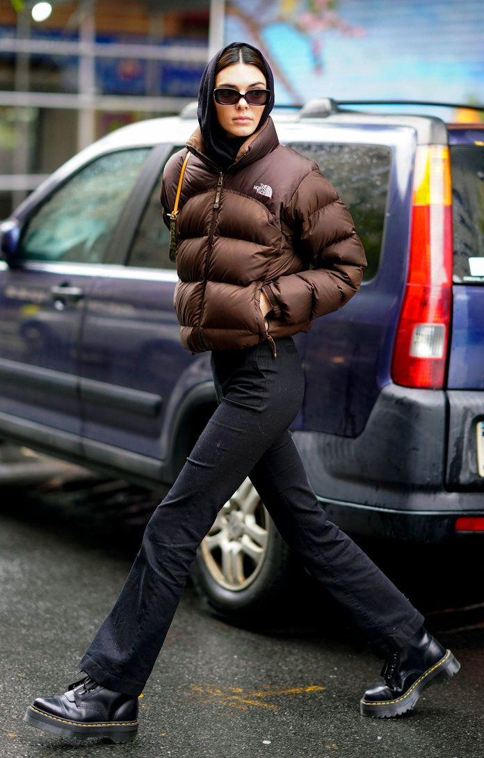 Kendall Jenner's Go-To Winter Coat Is a Style Everyone Owned in the '90s