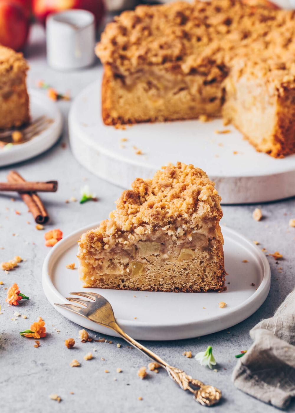 Vegan Apple Cake With Cinnamon Streusel Bianca Zapatka Recipes Recipe In 2020 Vegan Apple Cake Desserts Vegan Caramel