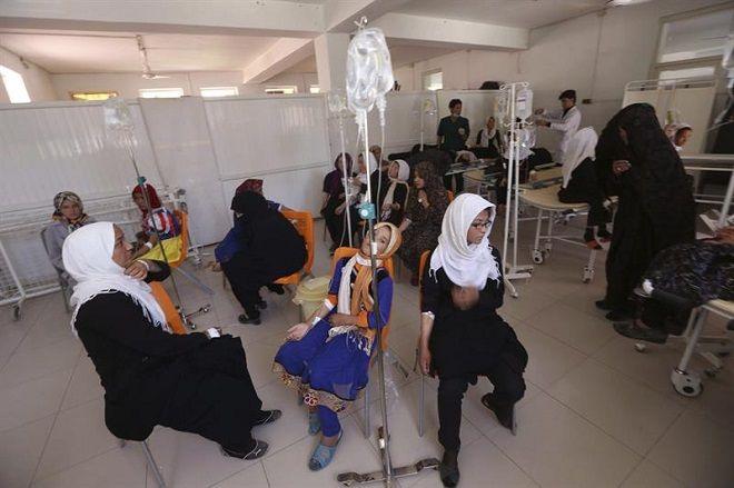 Opera Mundi - Envenenamento intencional de 600 meninas deixa escolas em alerta no Afeganistão