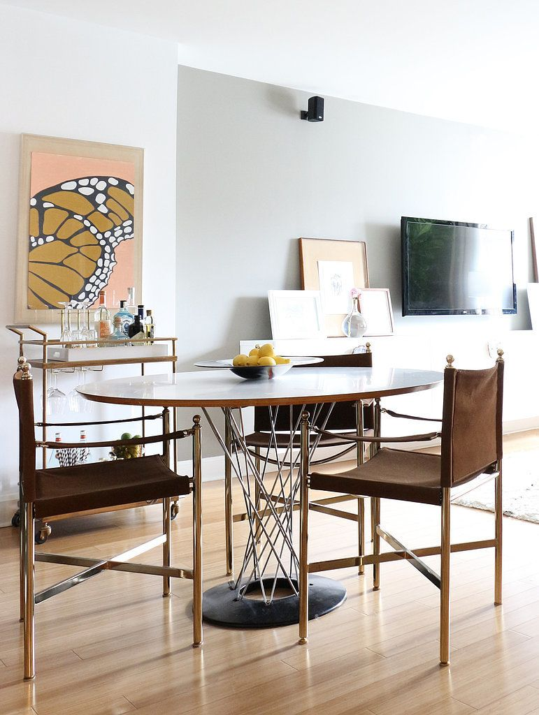 This Nyc Interior Designer S Apartment Is A Craigslist Hunter S Dream Interior Decor Home Decor